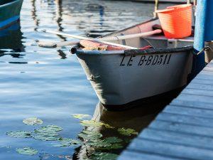 Stilleben am Anleger der Lechler Bootsstände & Fischerei