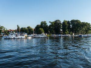 Ablegen bei Lechler Bootsstände & Fischerei