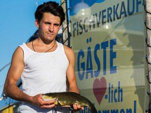 Fischverkauf bei Lechler Bootsstände & Fischerei